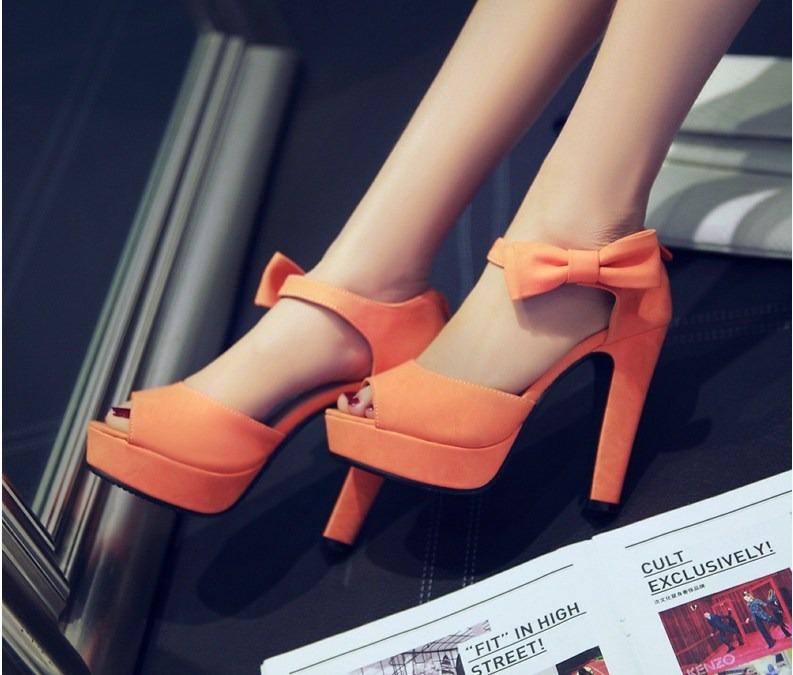 Giày cao gót nữ màu cam