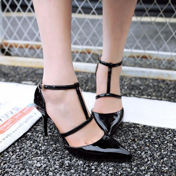 giày cao gót quay chữ T