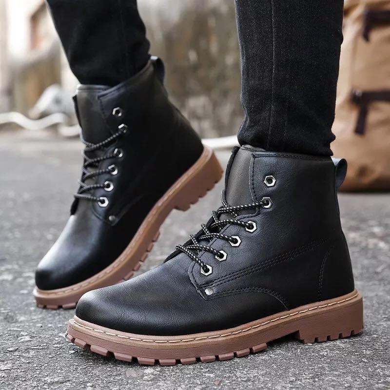 Giày boot nam - Cách biến hóa trong cuộc sống